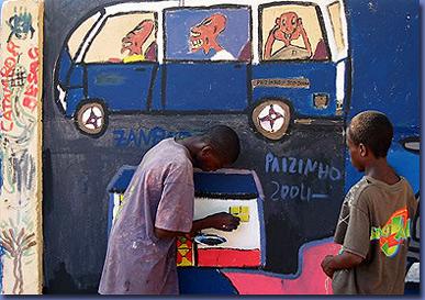 Luanda: laboratorio con i bambini senza fissa dimora